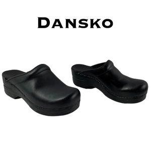 Dansko Mule Clogs Size 35 (US Size 5)